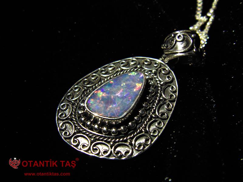 Doğal Opal Taş Kolye