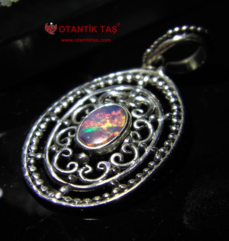 Doğal Opal Taşı Kolye
