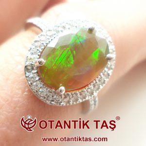 Neon Opal Altın Yüzük