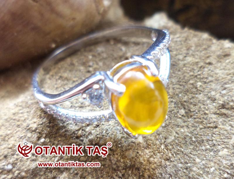 Beyaz Altın Opal Taşı Yüzük