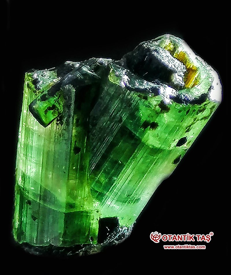 Yeşil Turmalin